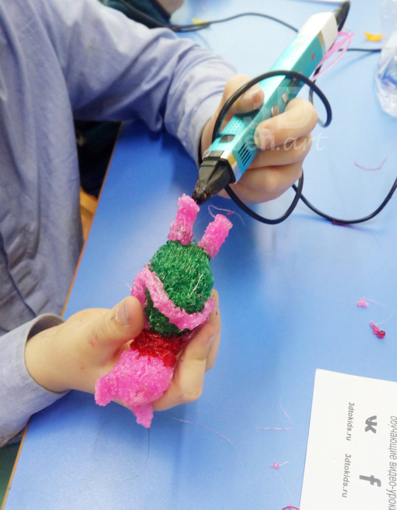 Процесс создания Хрюника 3D ручкой